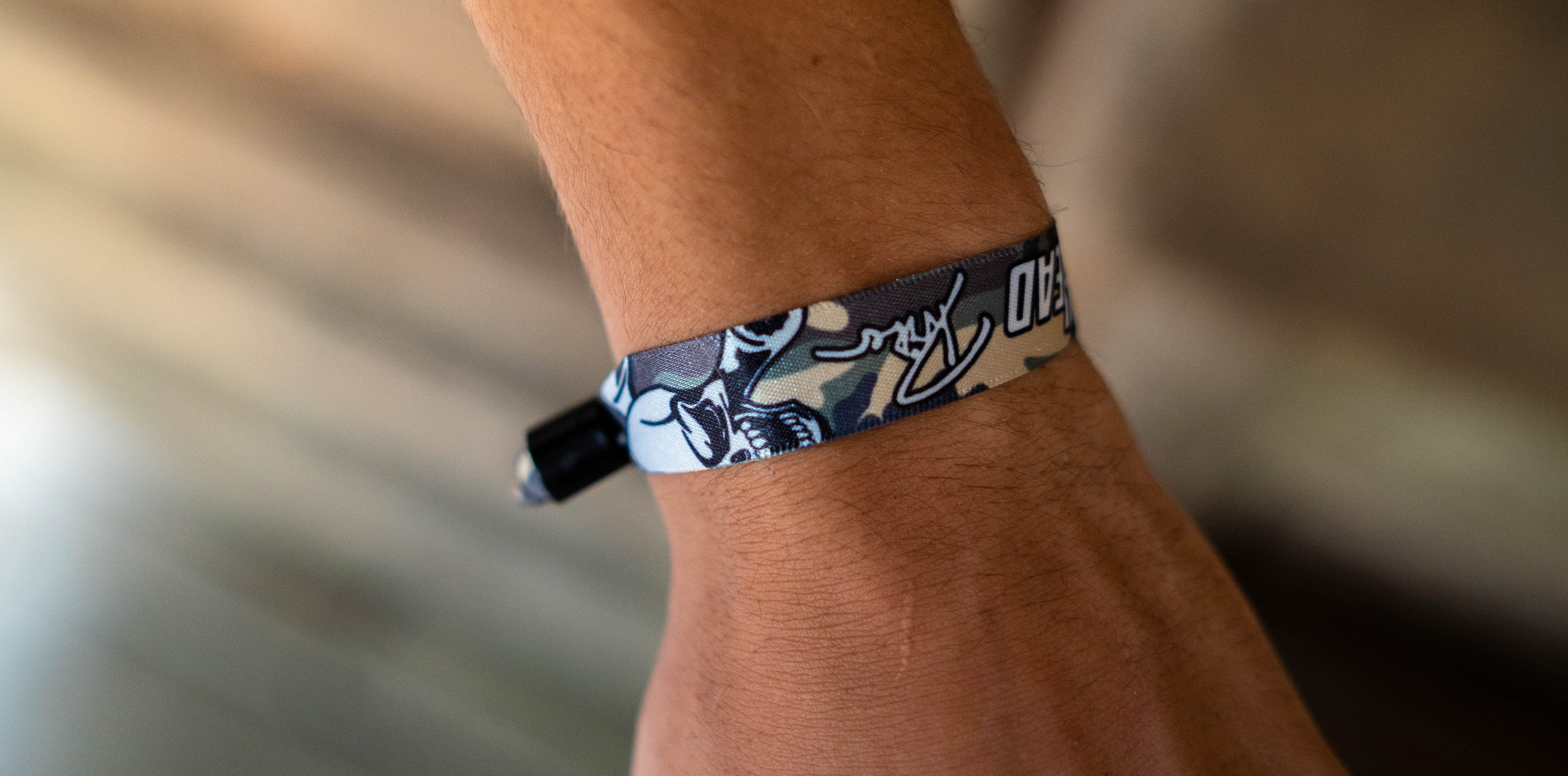 DerDriver Stoffband Camo Hand